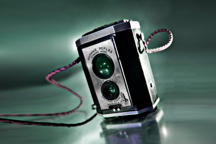 Antique_brownie_camera
