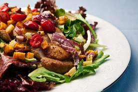 Seared_duck_salad