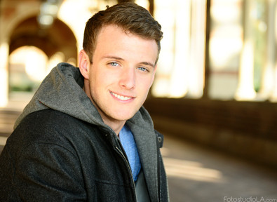 Spencer_davis_headshot_fb