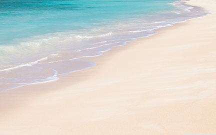 Okinawa_beach_sand_wallpaper_2560x1600